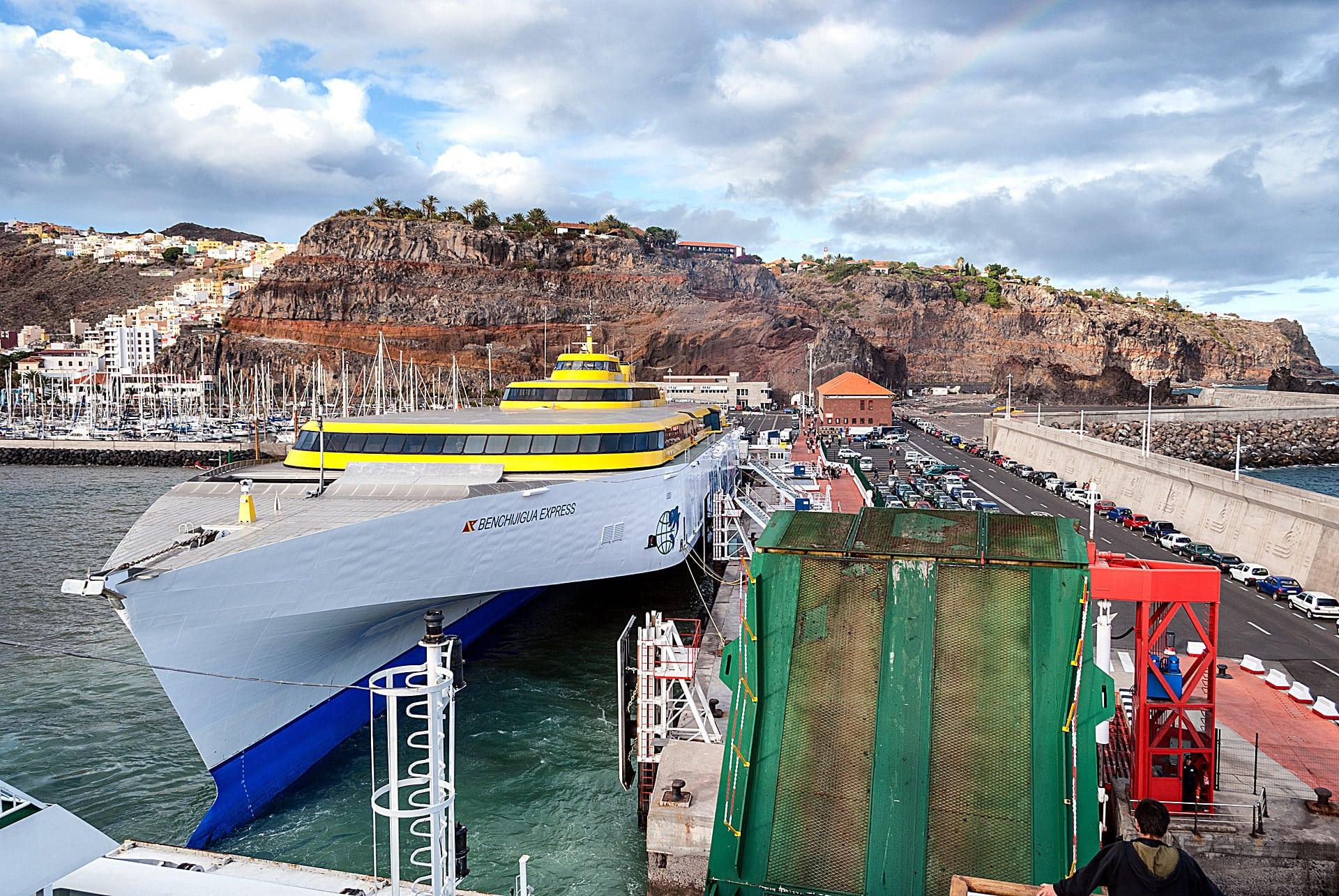 Hafen-La-Gomera