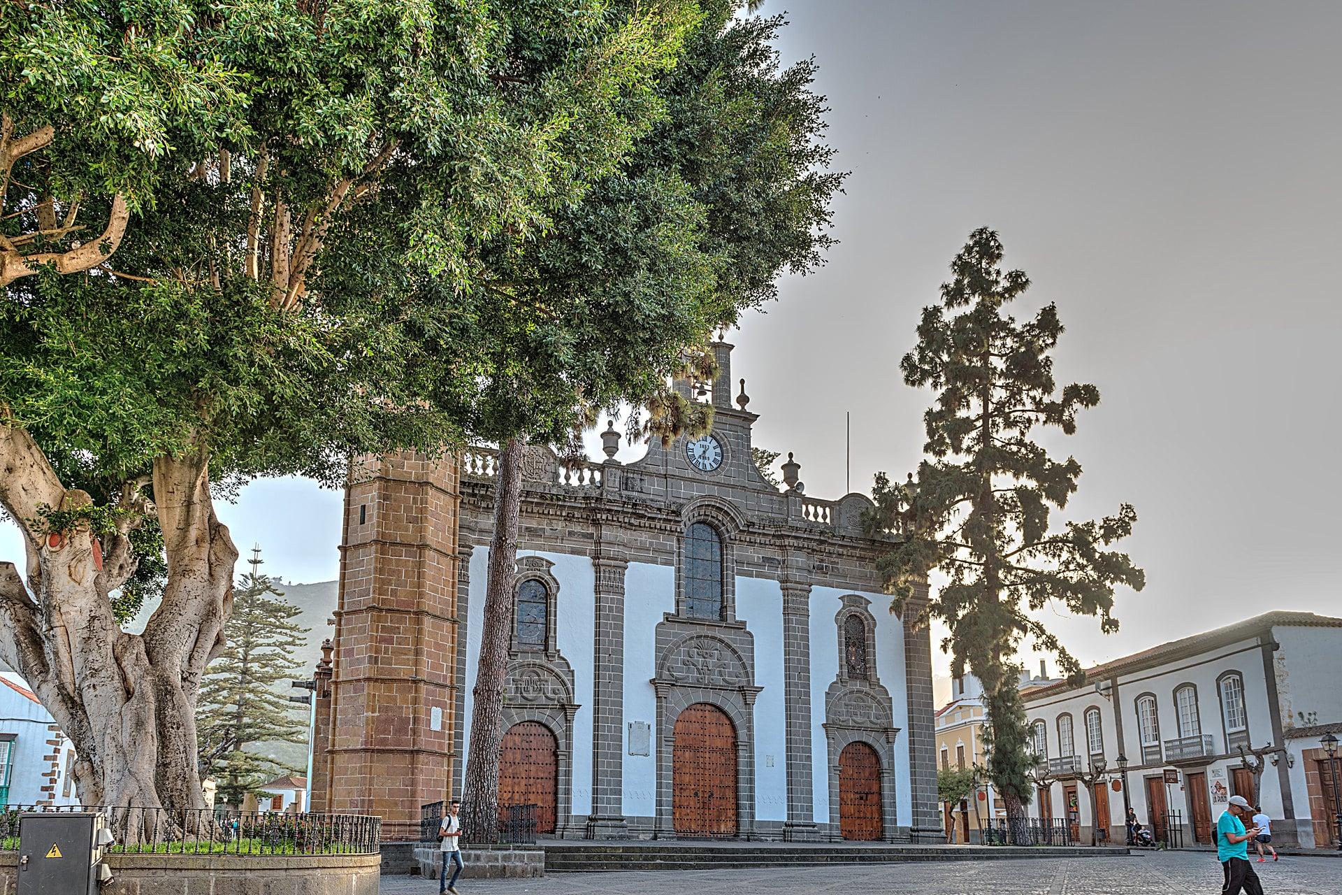 Teror-Basilica-Nuestra-Senora-del-Pino